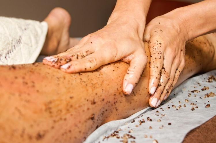 Domowe peelingu mogą być równie skuteczne jak te wykonywane w SPA lub gabinecie kosmetycznki