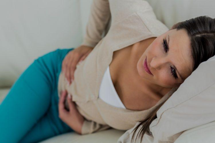 Zespół jelita drażliwego to choroba o charakterze przewlekłym, która dwa razy częściej dotyczy kobiet niż mężczyzn