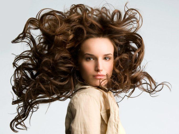 Piękne włosy to nasza naturalna ozdoba. Każda z nas chciałaby je mieć!