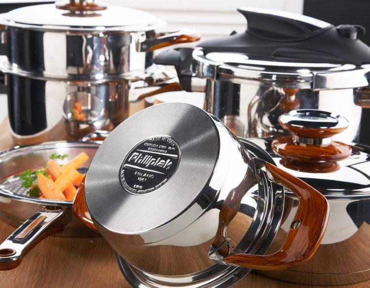 Naczynia Philipiak to wysokiej jakości garnki do gotowania, pieczenia i duszenia dowolnych potraw