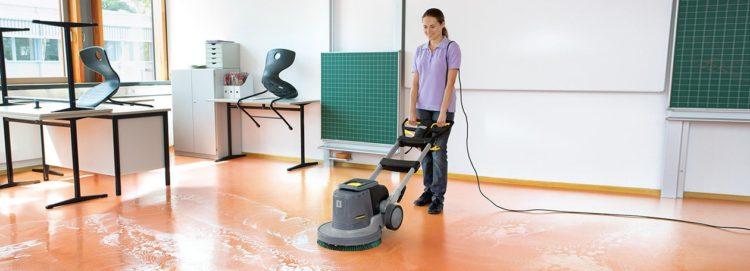 Szorowarki do posadzek to rozwiązanie dedykowane firmom sprzątającym, m.in. do sprzątania szkół, przedszkoli i budynków użyteczności publicznej