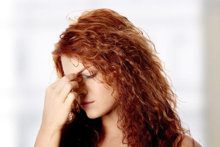 Zatkane zatoki mogą przyprawiać o ból głowy - mamy uczucie rozsadzania