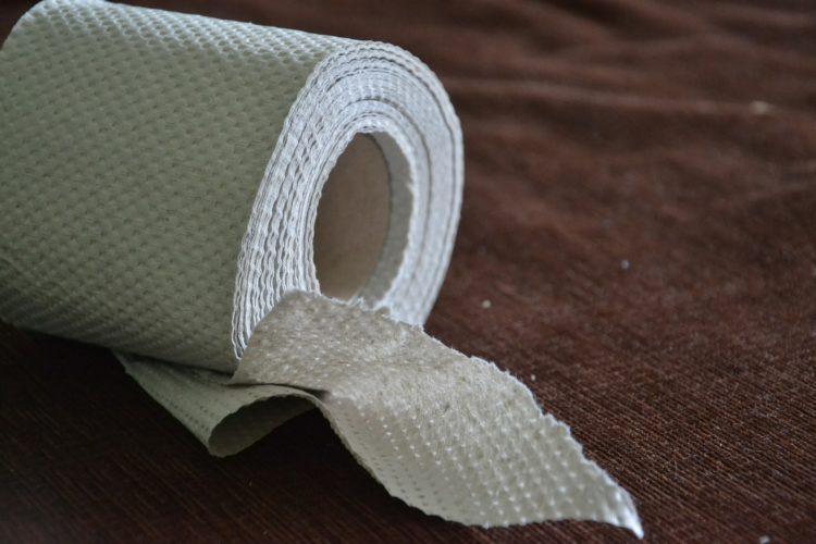 Rolki po papierze toaletowym? Wkurzające, ale mogą się przydać!