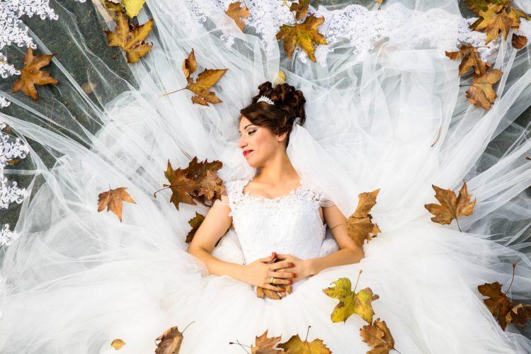 Jesienny ślub i wesele? Mają swój niezaprzeczalny urok!