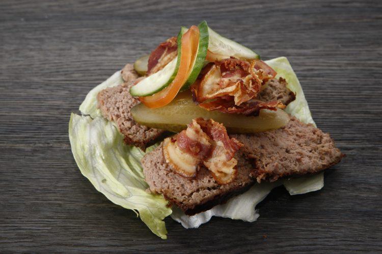 Pasztet drobiowy to doskonała propozycja na co dzień, do kanapek i nie tylko