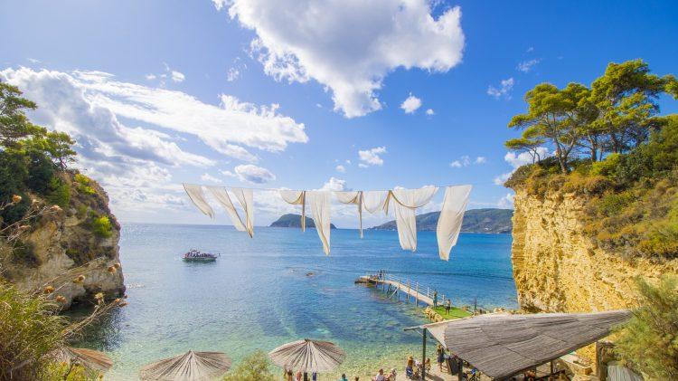 Zakynthos to niezwykłe miejsce na urlop - każdy znajdzie tutaj coś dla siebie